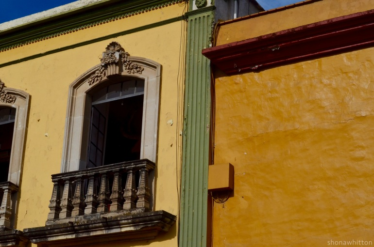 Building colour. Oaxaca.